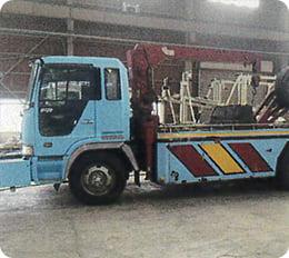 大型レッカー車
